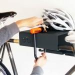 fali bicikli tartó szerszámokkal