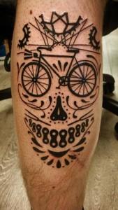 biciklis tetoválás