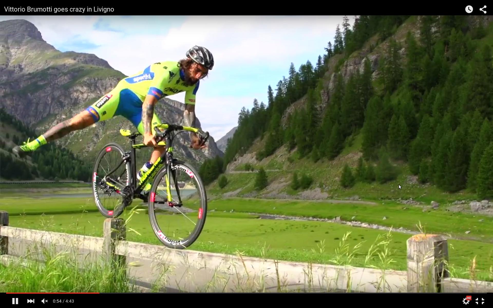 Triál országúti biciklivel