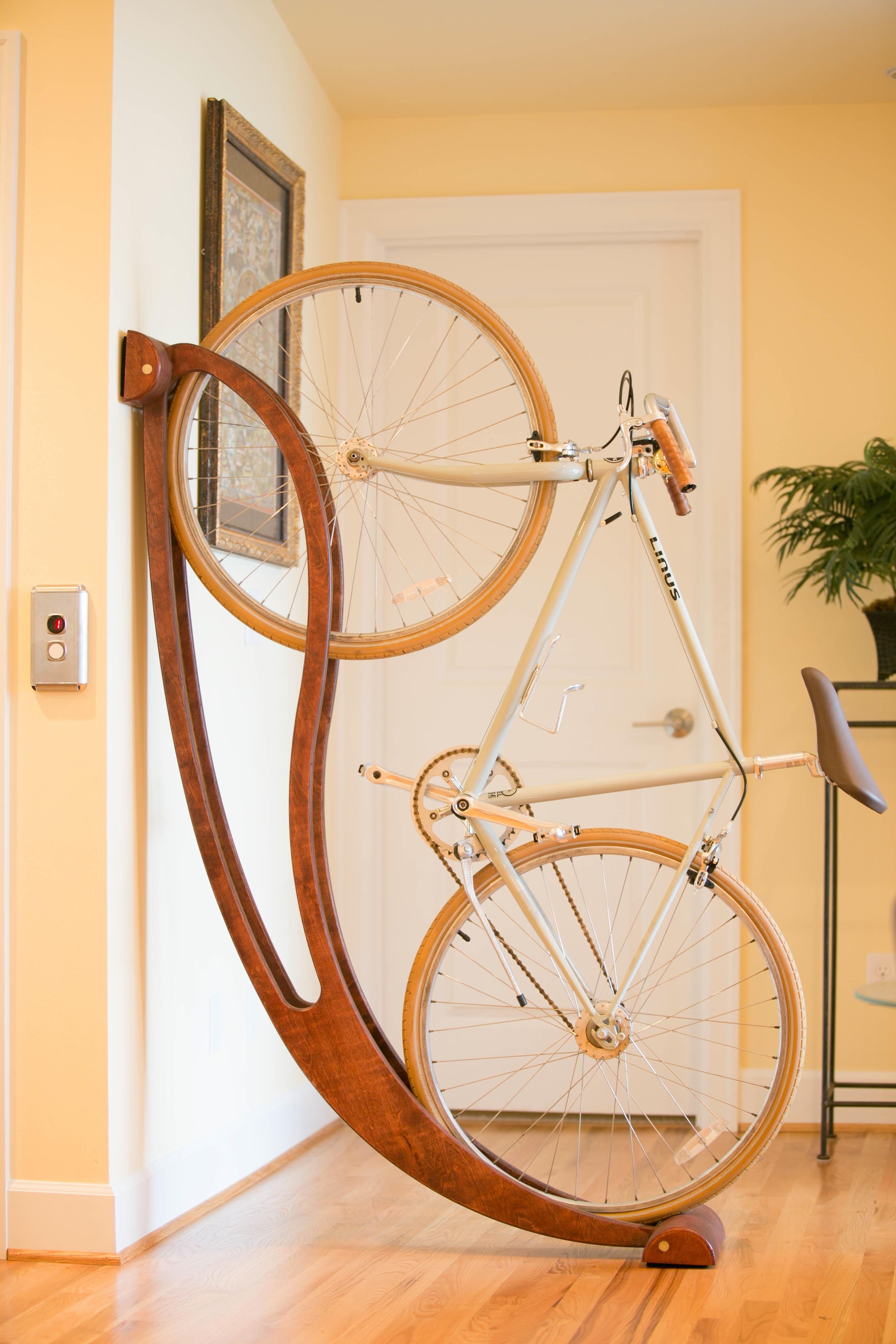 """"""" Peri"""" fali bicikli tartó"""