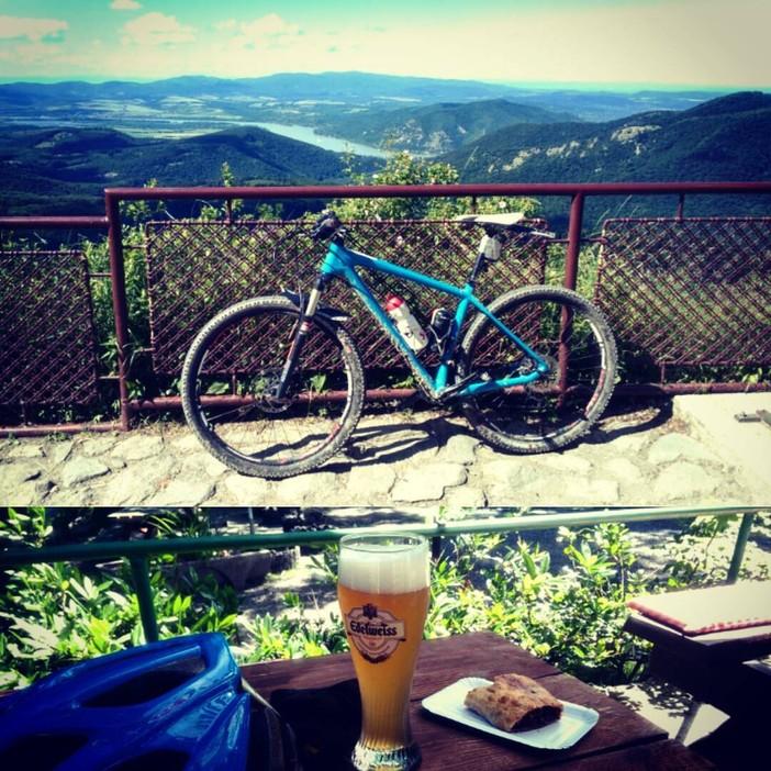 Dobogokő, bicikli, sör, süti