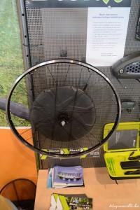 hátsó kerékbe integrált elektromos motor